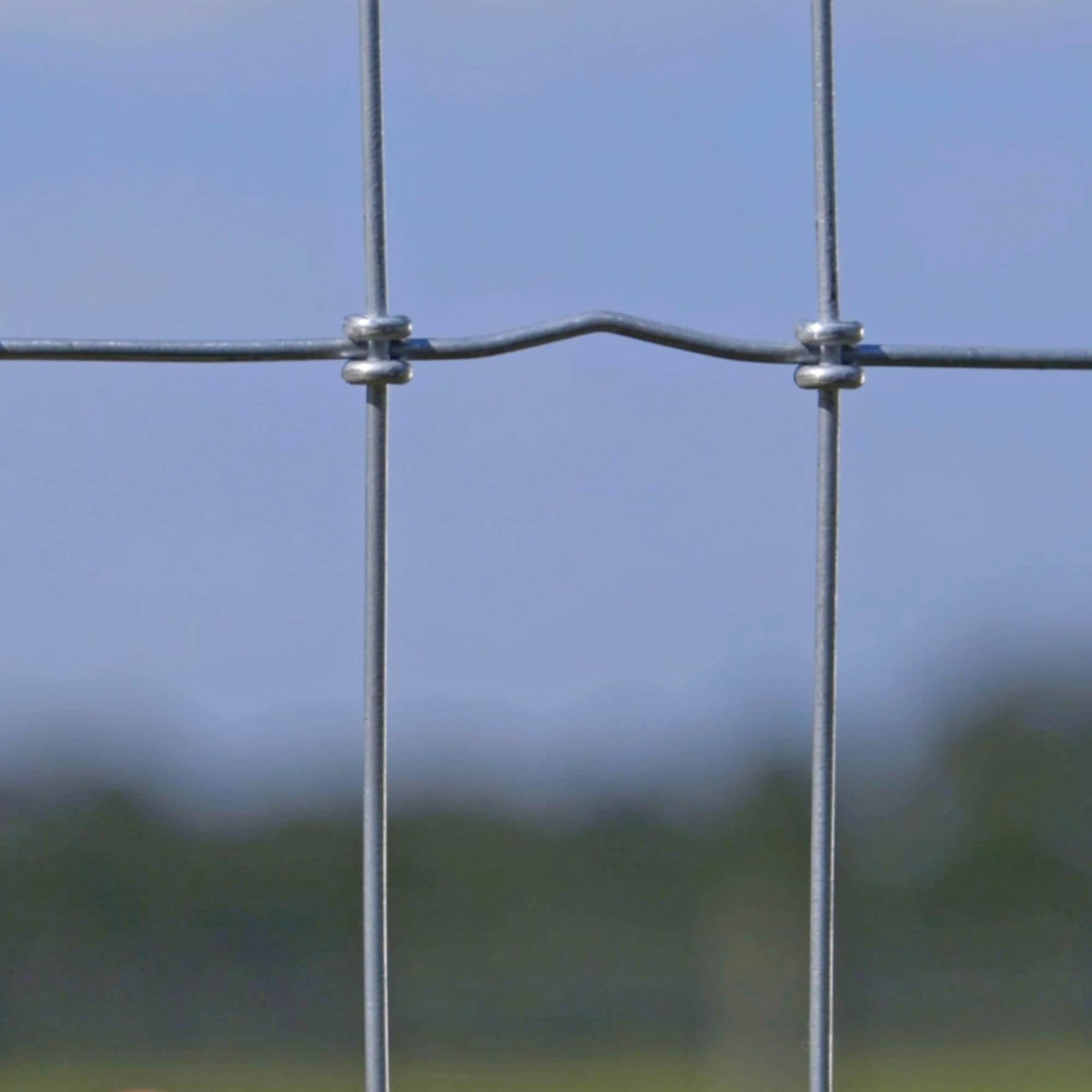 Stiff-Stay Horse Fence